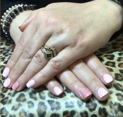 Pretty shellac gel colour. X