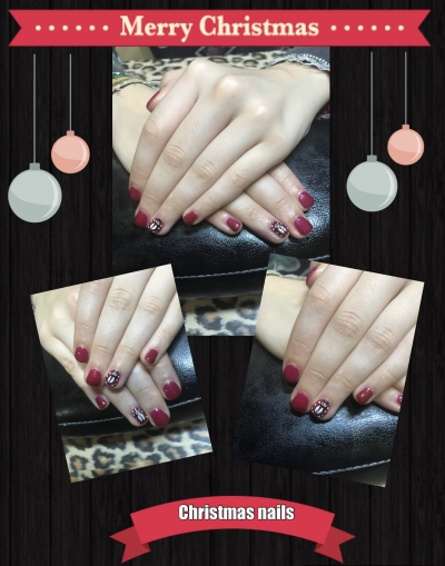 Pretty Christmas nails. X
